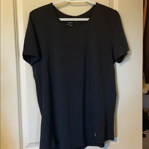 NWOT Under Armour dry fit t-shirt